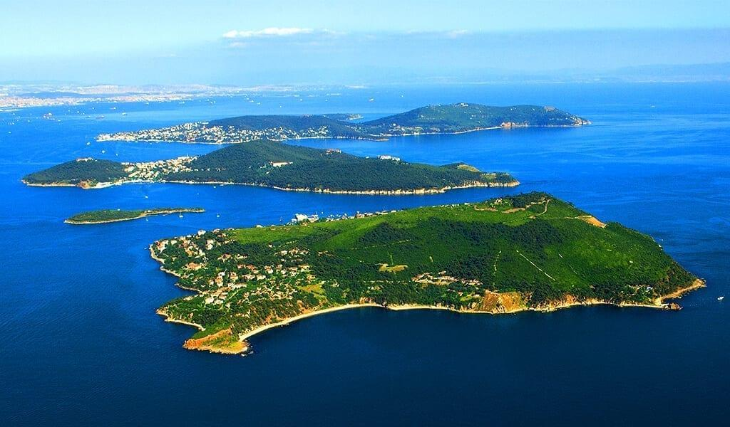 Острова Мраморного моря в Турции.