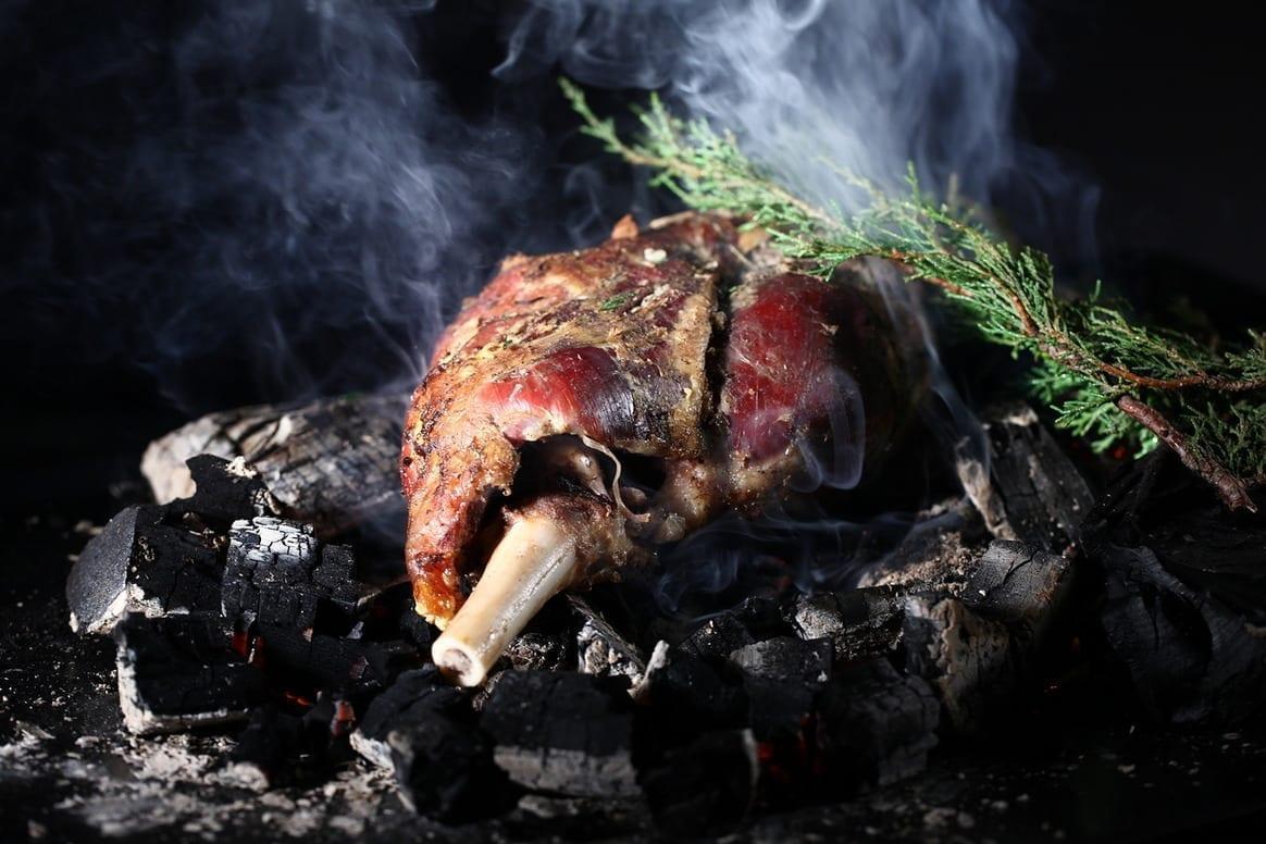Мясная кухня Турции Барашек в тандыре