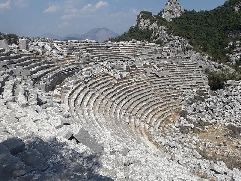 Колизей Термессос